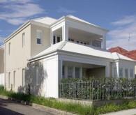 Arnold House 01