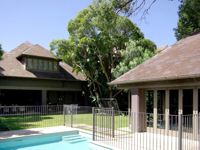 Balfour House Exterior