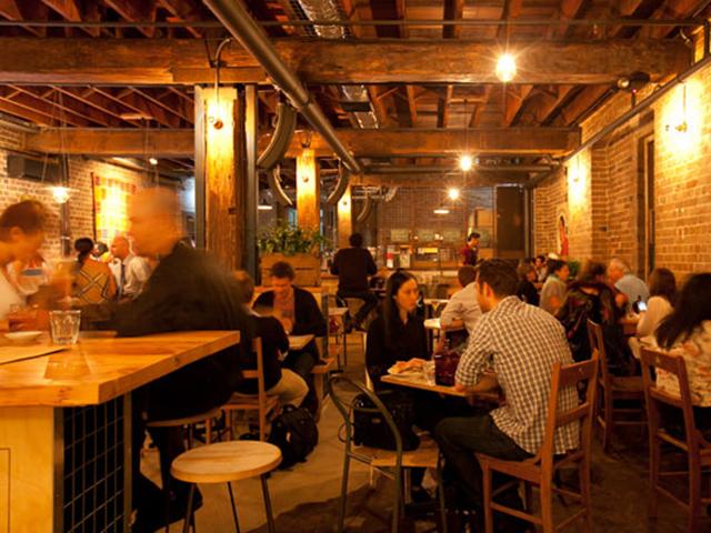 Fredas Bar Interior