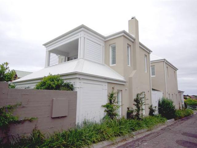 Arnold House Exterior